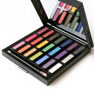 LE Urban Decay Full Spectrum Palette - NEVER USED